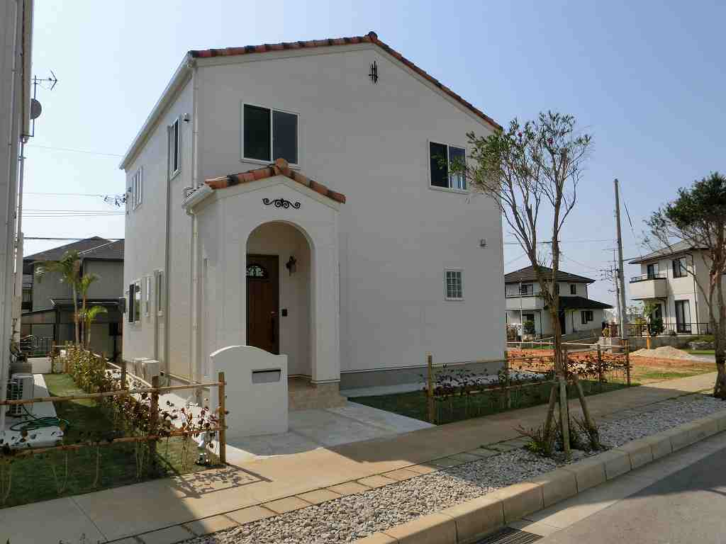 Brandnew house in Sealake Zakimi area